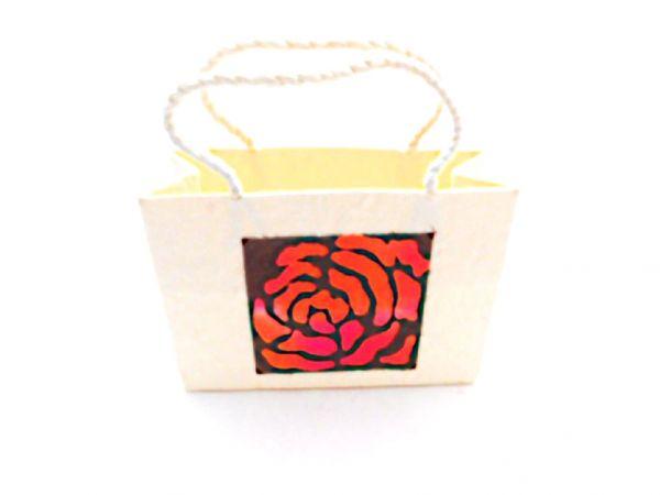 Saa-Papier-Tasche Rose als Geschenkverpackung