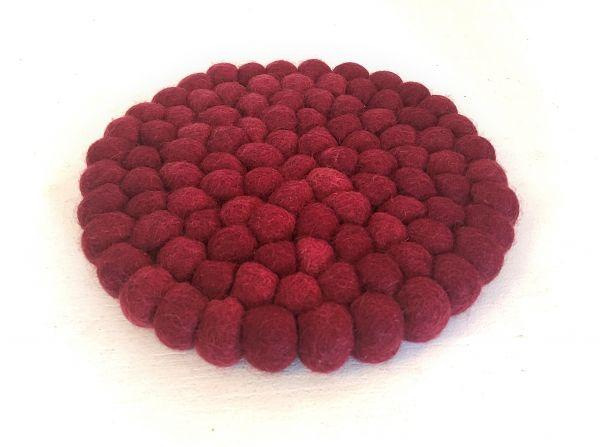 Topf-Untersetzer aus Filzkugeln- Aubergine rot Ø 20 cm - Fairtrade