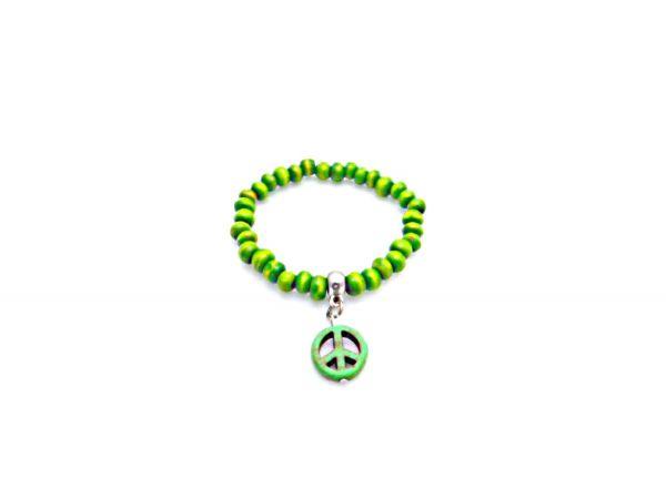 grünes Armband aus Holzperlen mit PEACE-Zeichen - Fair Trade