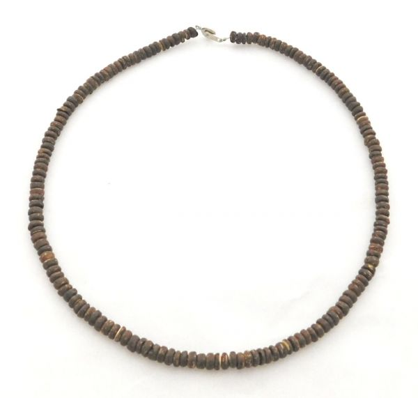 braune Kette aus Kokosnuss - Fair Trade