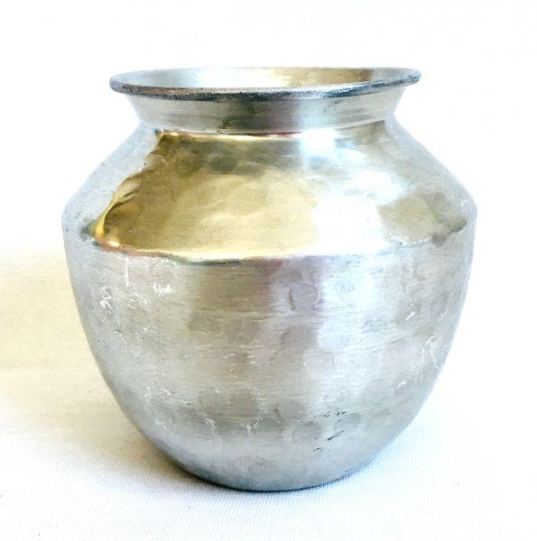 Blumen-Vase (M) aus Aluminium - Fair Trade