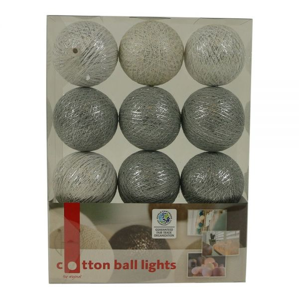 Lichterkette mit Bällen aus Baumwolle (Cotton Ball Lights) silber,grau - Fairtrade