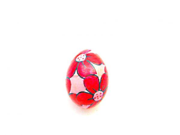 Eier-Rassel mit Blumenmotiv aus Holz rot - Fair Trade
