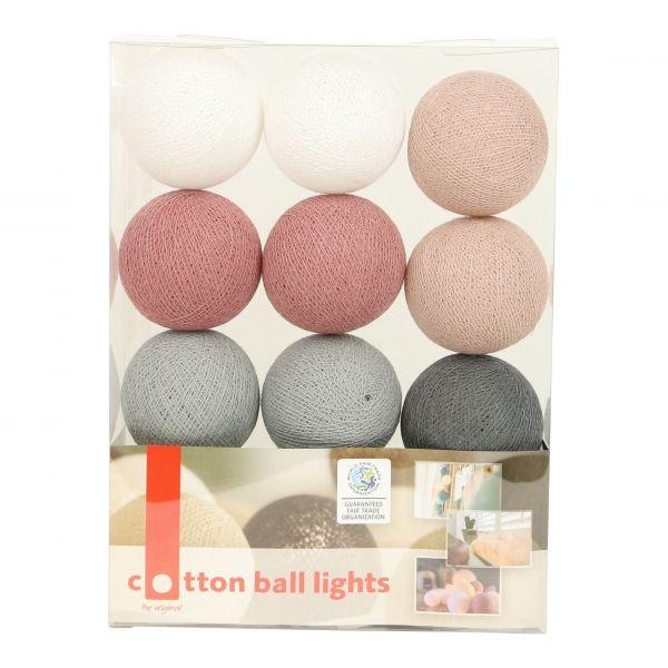 Lichterkette mit Bällen aus Baumwolle (Cotton Ball Lights) dunkel rosa, grau, weiß - Fairtrade