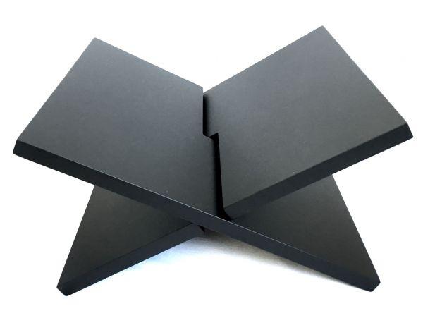 Zeitungsständer Bücherständer Zeitschriftständer Magasinhalter in X-Form matt schwarz 37x29 cm aus