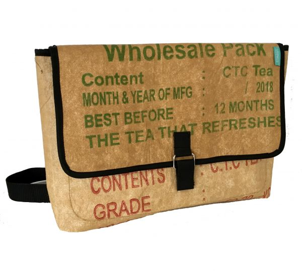 Recycelte Tea Messenger bag / Umhängetasche / Laptoptasche upcycling - Fairtrade