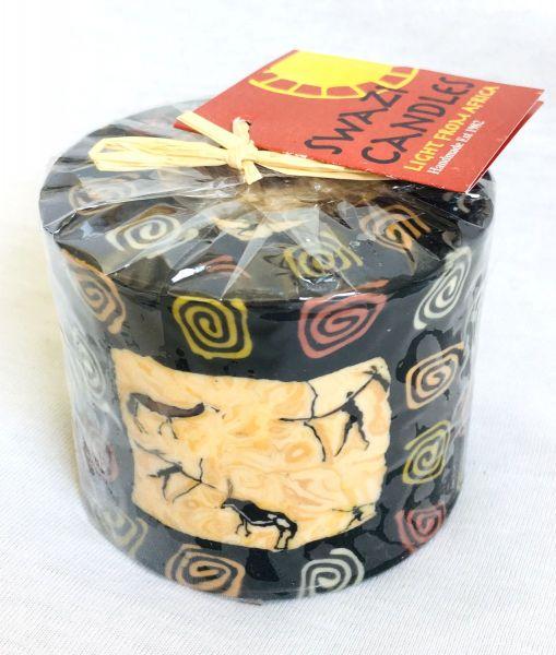Stumpenkerze Bushmen mit Rand -Swasi Candle - Fairtrade