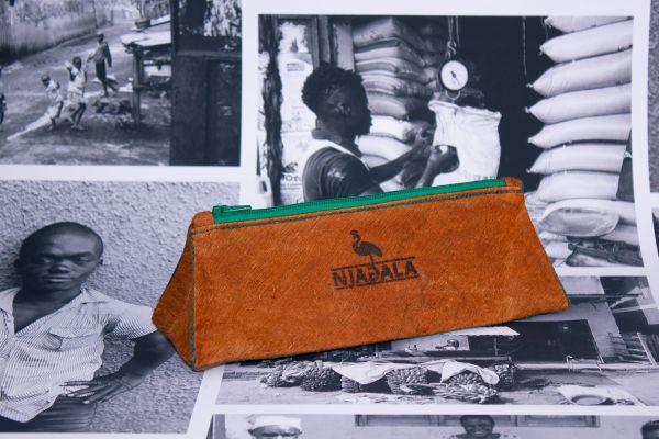 Federmäppchen Schlampermäppchen aus Baumrinde -grün - Fairtrade